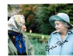 Sylvia Syms,The Queen British Screen, genuine signed autograph 8 x 10, 1709 2